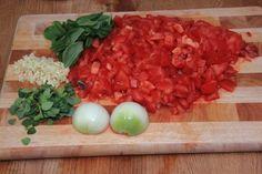 Zutaten Tomatensoße geschnitten