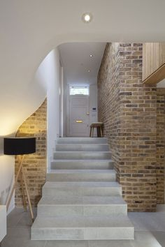 De Beauvoir Road by Scott Architects | De Beauvoir Road is a home refurbished by Scott Architects, and located in London, England. Completed in 2013, the resulting interior combines traditional and contemporary design, making the atmosphere feel very unique.