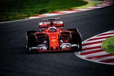 Kimi Raikkonen finishes ahead of  Lewis Hamilton in second day of winter testing
