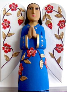 Figura de María Yolanda Medina. Artesanía venezolana. Imagen tomada de http://www.acn.com.ve/portal/variedades/artes-espectaculos/item/62609-contin%C3%BAa-las-ferias-de-artesan%C3%ADa-y-pl%C3%A1stica-en-la-plaza-de-los-museos-y-la-unearte#