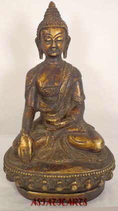 Enthusiastic Nepalese Bronze Buddhist Figure Antiques 19th Century