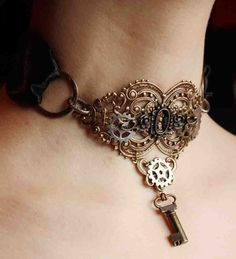 Steampunk brass keyhole choker with key pendant Gothic necklace