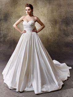 2017 Enzoani, Liliana, Available at Uptown Bridal- www.uptownbrides.com