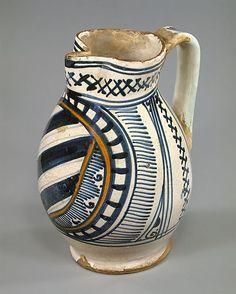 italian armorial jug, 15th century