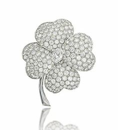 Lot 108 -  A DIAMOND BROOCH, BY VAN CLEEF & ARPELS