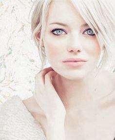 Emma Stone. My favorite actress aside from dakota and hayden.