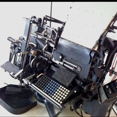 Please stand up. LINOTYPE!