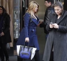 KIRSTIE ALLEY STEPS OUT WITH A CELINE LUGGAGE TOTE