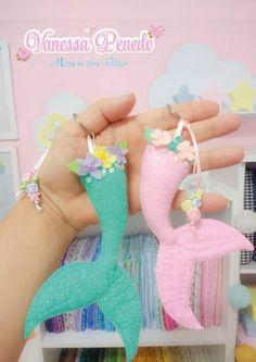 Create your own Felt Toy. Felt Crafts Diy, Felt Diy, Crafts For Kids, Felt Keychain, Felt Dolls, Sock Dolls, Rag Dolls, Crochet Dolls, Diy Sewing Projects
