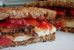 The Ultimate #Vegan Breakfast Sandwich