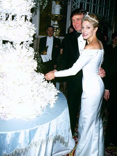 Marla Maples Recalls 'Awful' Tabloid Scandal Surrounding Donald Trump's First Divorce, Says She Tried to Make Amends with Ivana: 'I Really H...