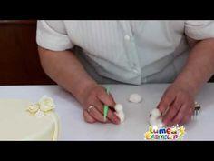 Fondant - Pasta din zahar - Lumea Basmelor - Tort de nunta - YouTube