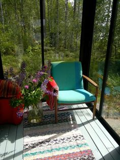 Facade Facilitation of a Summer Cottage: New Look with New Glasses - Pipe Store Diary Lily. Outdoor Chairs, Outdoor Furniture, Outdoor Decor, Pipe Store, House Painting, 1990, Black House, Accent Chairs, Finland