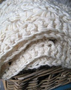 chunky cables decorative throw crochet pattern for purchase tejidos pinterest wolldecke. Black Bedroom Furniture Sets. Home Design Ideas