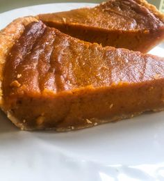Southern Recipes Southern Sweet Potato Pie (The Fast Way With Video) Vegan Sweet Potato Pie, Sweet Potato Recipes, Deep Dish Sweet Potato Pie Recipe, Southern Sweet Potato Pie, Easy Pie Recipes, Dessert Recipes, Cooking Recipes, Cooking Corn, Fast Recipes