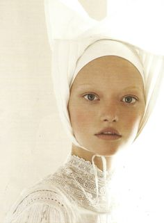 Steven Meisel / Vogue Italia March 2006 -repinned by San Francisco photography studio http://LinneaLenkus.com #portraiture