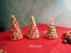 Tricotin Christmas tree