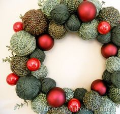 DIY Christmas Yarn Wreath