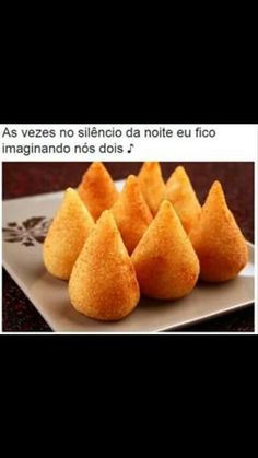 Coxinha de Batata Doce Sem Glúten, como fazer facilmente em sua casa essa delicia Saudável, Coxinha de Batata Doce (sem Glúten ), deliciosa e muito pratico. Brazil Food, Lunch Buffet, Arancini, Snack Recipes, Snacks, Popular Recipes, Popular Food, Food Preparation, Kids Meals
