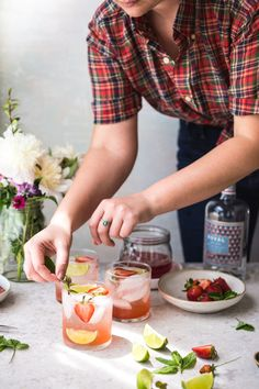 Strawberry Rhubarb Gin & Tonic #drink #alcohol #vegan