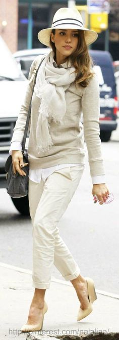 Jessica Alba rocks street style as usual. Love how she transitions her a neutral outfit with the Panama hat into a chic look with spring vibes.