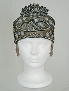 1920's opulent gold-lamé rhinestone beaded headpiece