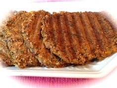 Pink-Vegan: Kidney Beans Quinoa Sweet Potato Spinach Burgers (DF, GF)