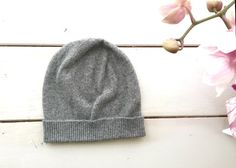 Cashmere beanie hat Pure italian cashmere Made in Italy Cold Weather Outfits, Winter Outfits, Casual Outfits, Beanie Outfit, Beanie Hats, Cashmere Beanie, Elegant Outfit, What I Wore, Boyfriend Gifts