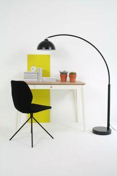 The black Fabulous Felty chair, wooden desk Secretarium and the Oxmo arclamp.