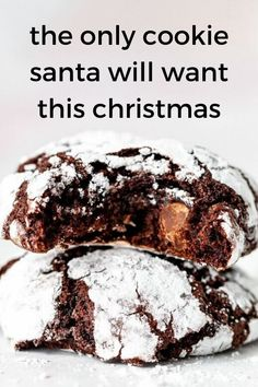 These Chocolate Crinkle Cookies are chewy, fudgy, and filled with double chocolate. This is a cookie must for your Christmas baking, and a delicious cookie to include in your festive cookie swap! We are definitely going to make these beautiful delicious cookies for our Christmas Dessert. Chocolate Christmas Cookies, Chocolate Crinkle Cookies, Chocolate Crinkles, Chocolate Sticks, Chocolate Bomb, Chocolate Donuts, Christmas Baking, Christmas Treats, Christmas Recipes