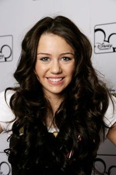 Check Miley Cyrus`s latest hairstyles here in this page. Many photos to see. Do not miss :)