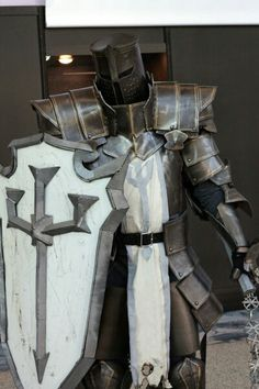 Diablo 3 crusader cosplay tank is an understatement for these warriors