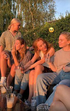 Cute Friend Pictures, Friend Photos, Summer Baby, Summer Girls, Cute Friends, Best Friends, Just Dream, Gal Pal, Summer Feeling