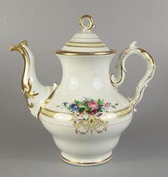 Kaffeekanne, Thüringen, um 1890 Goldkonturen und handgemalte Blumenbuketts, Schwanenhalsausguss, H — Porzellan