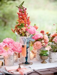 Swooning for these colors, and the birch vases!
