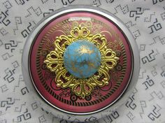 Compact Mirror Gold Drizzle Comes With Protective Pouch