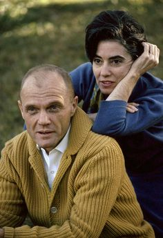 John Glenn and his wife Annie in front of their house in Ohio, photo Robert Phillips / courtesy Everett Collection Astronauts In Space, Nasa Astronauts, John Glenn Astronaut, Robert Phillips, Project Mercury, Cult Of Personality, Hometown Heroes, Space Program, 1 John