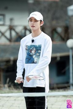 Image uploaded by Find images and videos about kpop, bts and jungkook on We Heart It - the app to get lost in what you love. Jimin, Vlive Bts, Bts Bangtan Boy, Daegu, Jung Hoseok, Seokjin, Namjoon, Mochila Do Bts, Boy Band