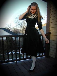 She looks like Alice :-) Gunne Sax Green Velvet Dress