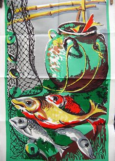Vintage Tea Towel Green with Fish Motifs Mid by BessieAndMaive Colorful Fish, Vintage Tea, Shades Of Green, Tea Towels, Linens, Mid Century, Colours, Retro