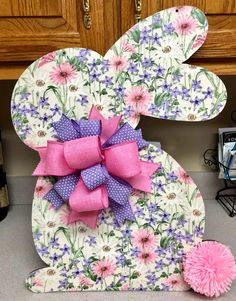 wooden rabbit pattern with material and mod podge over it with a yarn tail Easy Easter Crafts, Easter Projects, Easter Ideas, Rabbit Crafts, Bunny Crafts, Holiday Wood Crafts, Easter Scavenger Hunt, Easter Games For Kids, Diy Easter Decorations