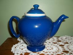 McCORMICK TEAPOT,DARK BLUE, RARE COLOR,W/LID & INFUSER,NEVER USED,EXCELLENT
