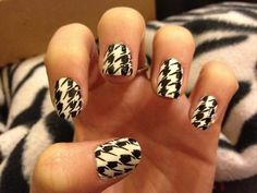 I love houndstooth soo much