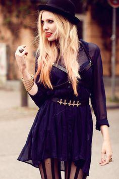Sheer shirt dress + stripped tights + cross embelished belt + black hat = Love <3