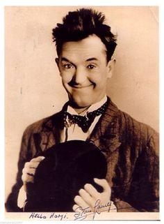 Stan Laurel ++Autogramm++ ++Star aus Dick u. Laurel Et Hardy, Stan Laurel Oliver Hardy, Lauren Hardy, Movie Tv, Movie Theater, Jerry Lewis, Old Shows, Film Serie, Star Wars