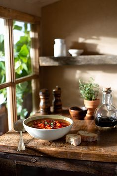 A tomato gazpacho cold summer soup served in a rustic farmhouse kitchen with dappled summer sunlight filtering through the green leaves outside. I license this photo as a stock photo – click the image for licensing options. Rustic Food Photography, Cooking Photography, Mashed Potatoes Calories, Rustic Farmhouse, Farmhouse Style, Kitchen Rustic, Tomato Gazpacho, Cooking Photos, Summer Recipes