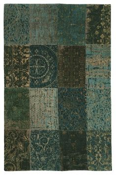 Vintage 8022 Multi Dark Green Rugs by Louis de Poortere Natural Carpet, Natural Rug, Turquoise Walls, Natural Flooring, Patchwork Rugs, Traditional Rugs, Rugs On Carpet, Carpets, Modern Rugs