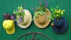 10 e più modi per creare arredi da giardino con oggetti di riciclo