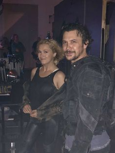 Bob Morley and Eliza Taylor, on set of season 6 The 100 Cast, The 100 Show, It Cast, Bellarke, Bob Morely, The 100 Serie, 100 Memes, Tv Show Couples, Eliza Taylor