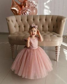 Wedding Dresses For Kids, Baby Girl Party Dresses, Dresses For Teens, Little Girl Dresses, Baby Dress Design, Baby Girl Dress Patterns, Frocks For Girls, Kids Frocks, Kids Dress Wear